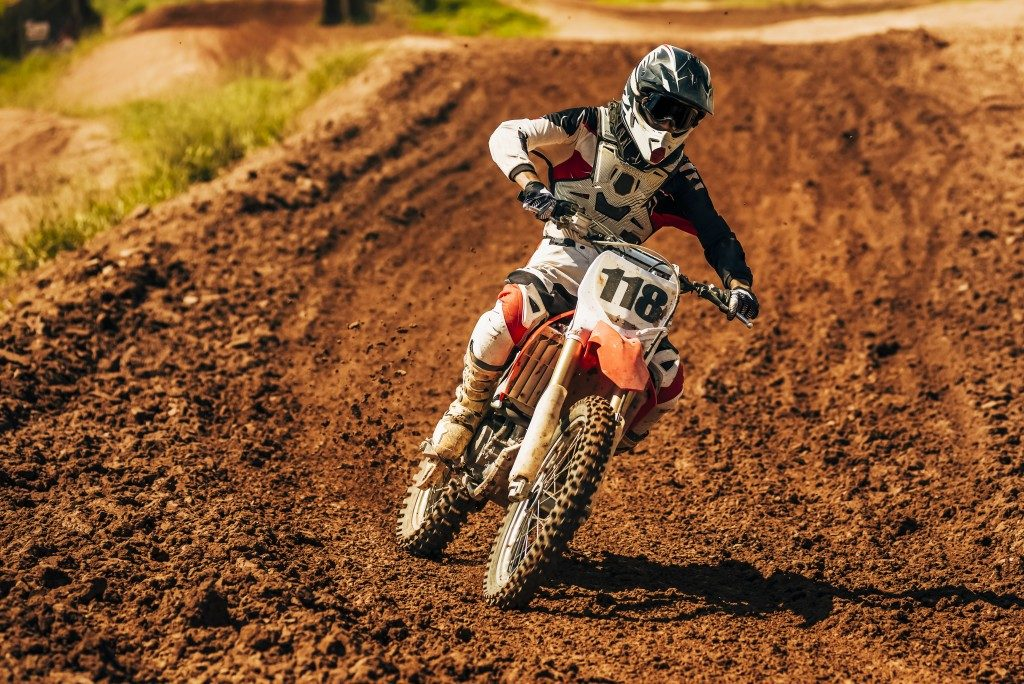 motorcycle dirt track