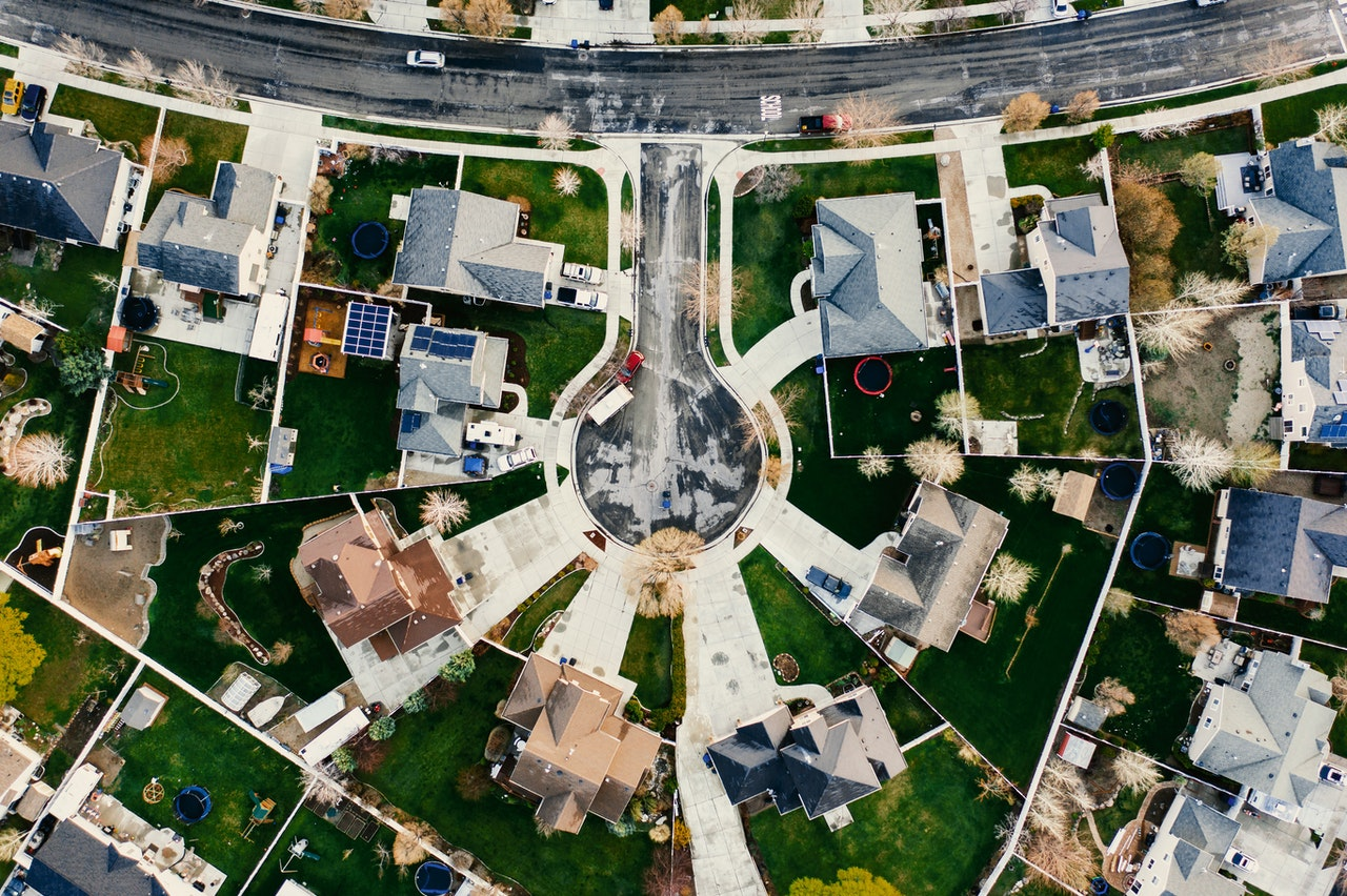 overhead view neighborhood cul de sac